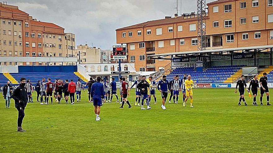 Ángel contrarresta los dos goles del Eldense en tres minutos (2-2)
