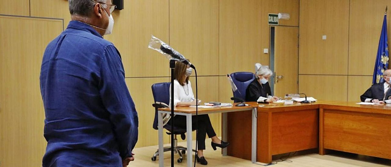 El exinspector de Aldaia, durante el juicio. | M.A.MONTESINOS