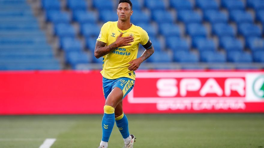 Permanencia virtual para la UD Las Palmas ante la Ponferradina (2-0)