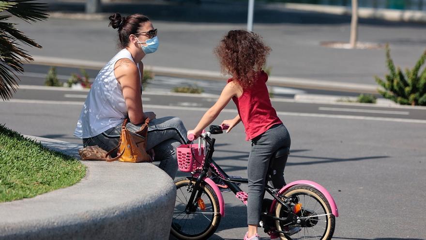 Tenerife reduce los contagios hasta los 50 casos este lunes