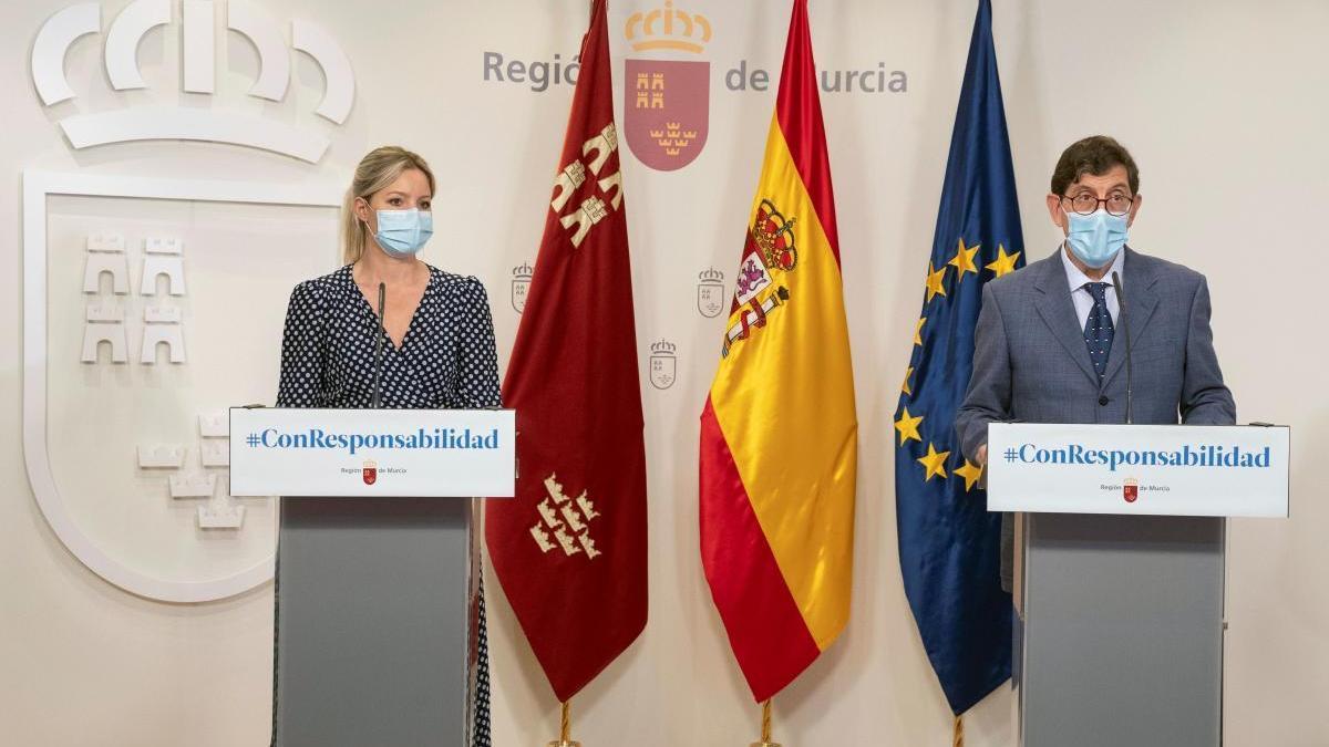 Martínez Vidal y Villegas, en una rueda de prensa.