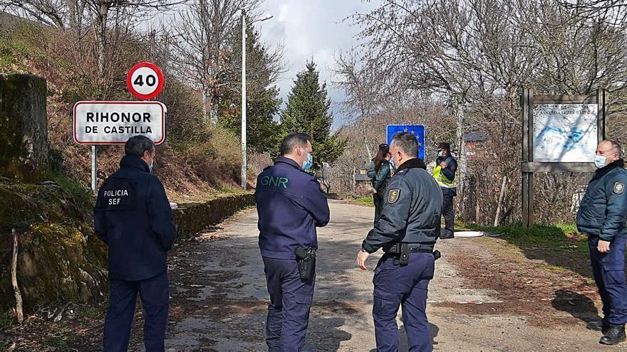 El paso fronterizo de Rihonor vuelve a la calle principal