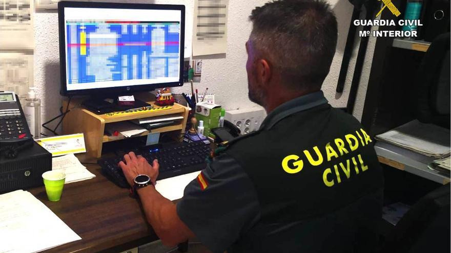 Desarticulan en Elda una banda de estafadores que operaba en Alicante, Albacete y Murcia