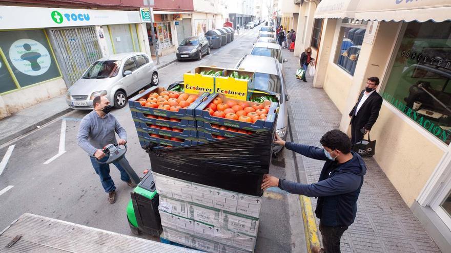 La solidaridad de Ibiza repone las estanterías del banco de alimentos de Cáritas