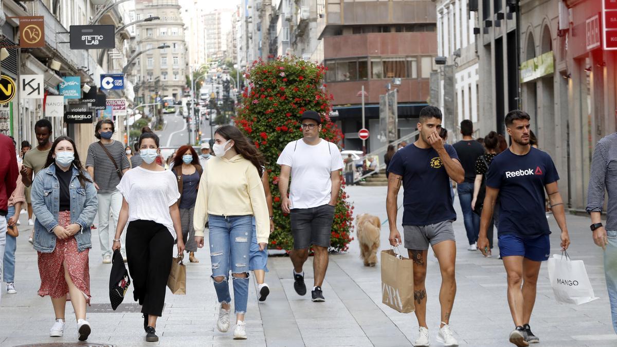 Ambiente de compras en la calle Príncipe de Vigo durante el año pasado.