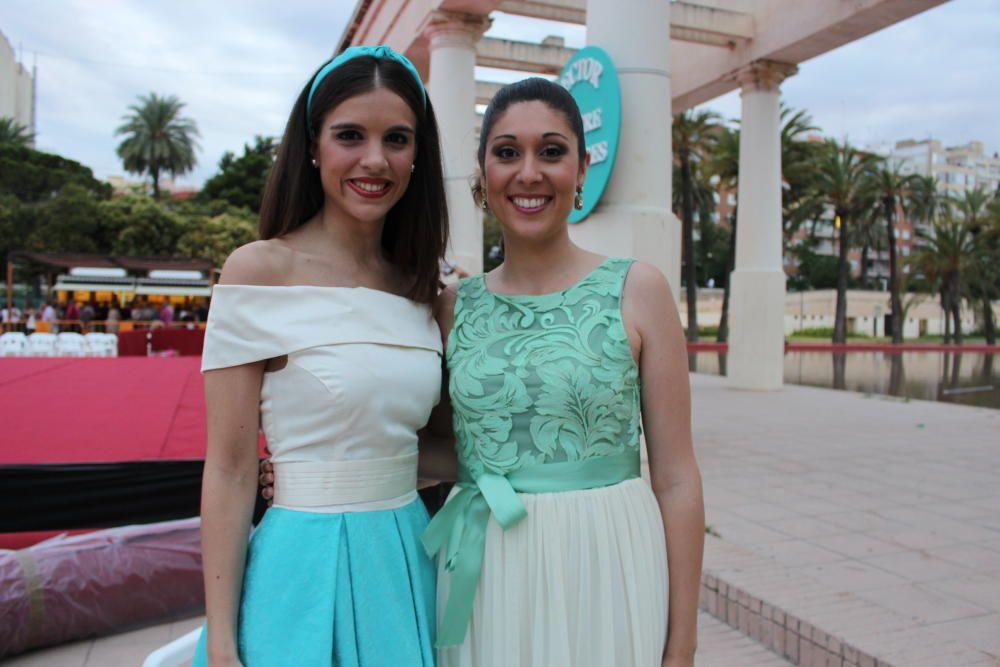 Las presentadoras de Quatre Carreres, dos caras muy conocidas en 2016: Alba Molins y Tamara Delgado