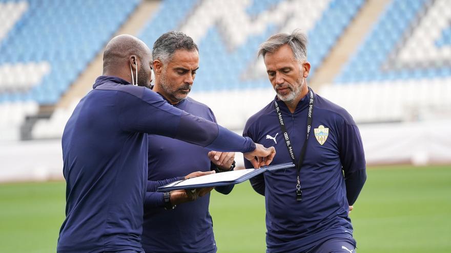 El Almería anuncia la destitución de Jose Gomes y su cuerpo técnico