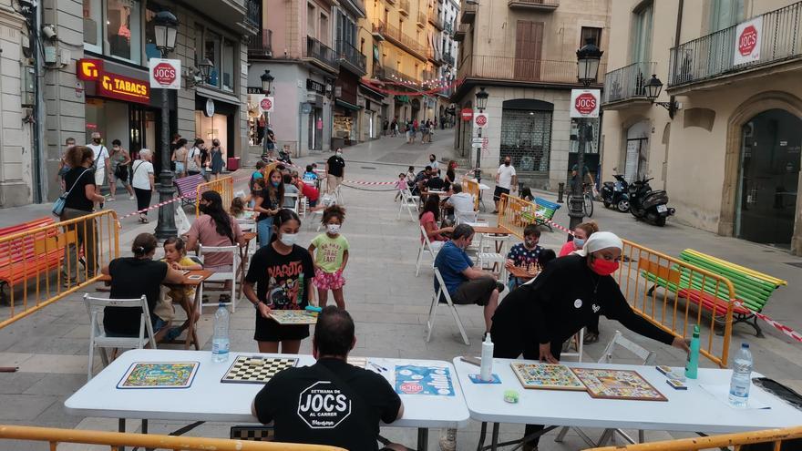 La 19a Setmana de Jocs Al Carrer a Manresa suma 2.500 jugadors tot i la pluja