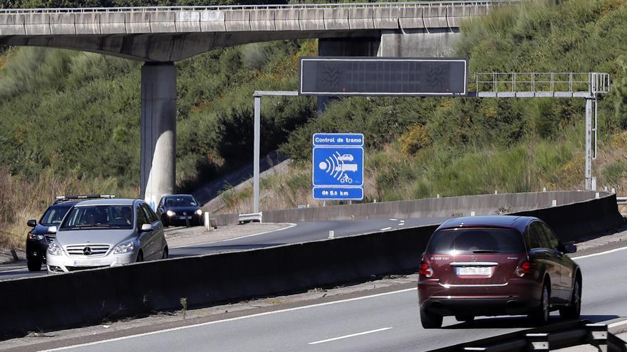 Descubre dónde están los radares de la DGT que más multan de Galicia