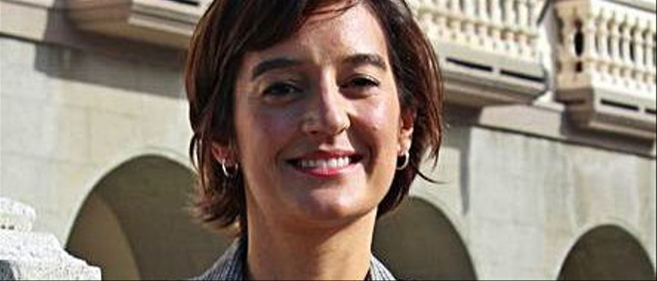 Irene González.   T. Cascudo