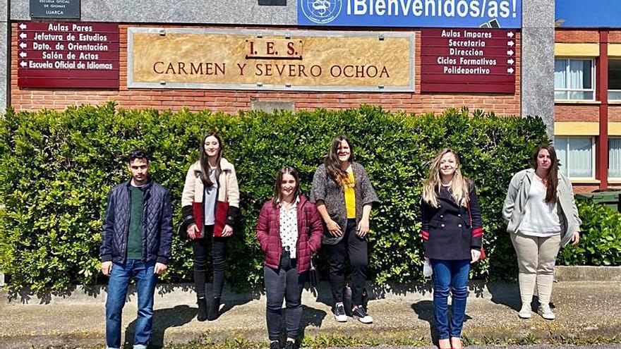 Estudiantes de Gestión Administrativa de Valdés crean una guía para facturar