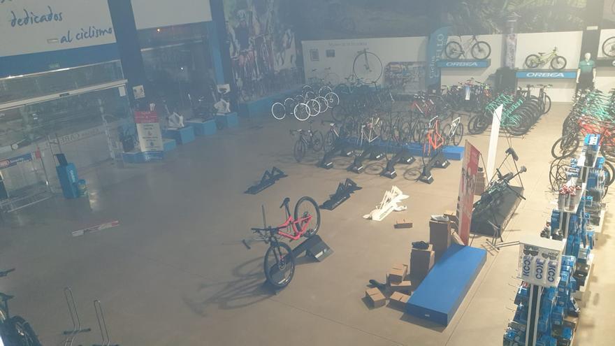 Robo en Ciclos Cabello