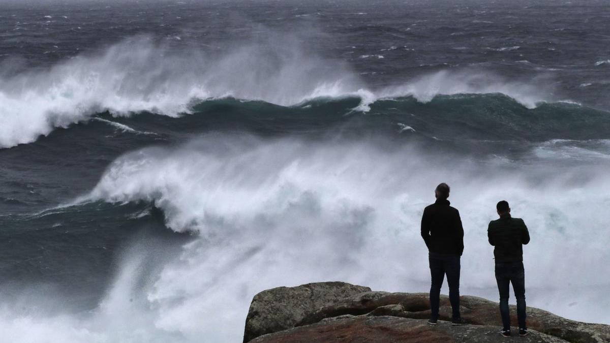 El litoral de A Coruña, en alerta por viento