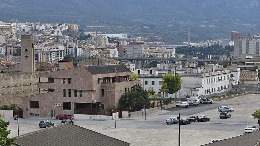 Alcoy proyecta 217 pisos y 350 aparcamientos en la plaza de Al-Azraq