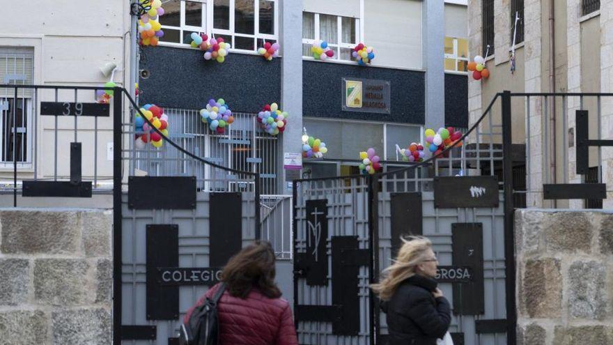 El Colegio Medalla Milagrosa, el Sancho II y el de Camarzana cierran aulas por el COVID