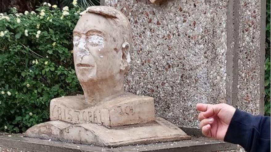 Destrozan el busto de Cristóbal Salazar en Churriana