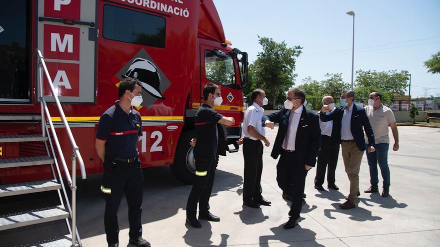 La Diputación de Castellón destina 2,5 millones a renovar el vestuario de los bomberos