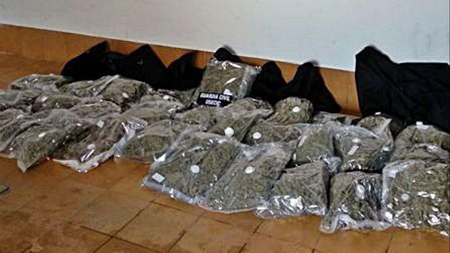Arrestan a una conductora con 33,5 kilos de marihuana en un control perimetral en Valencia