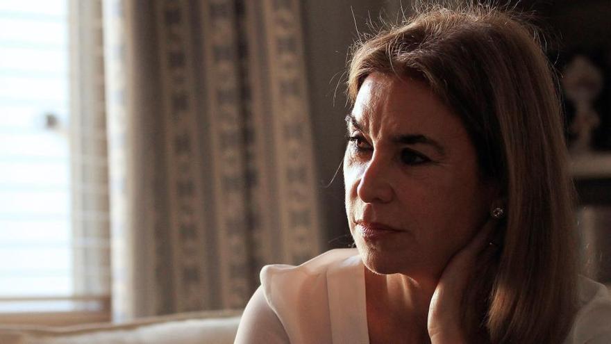 Carmen Posadas recorre 500 años de historia a través de la perla La Peregrina