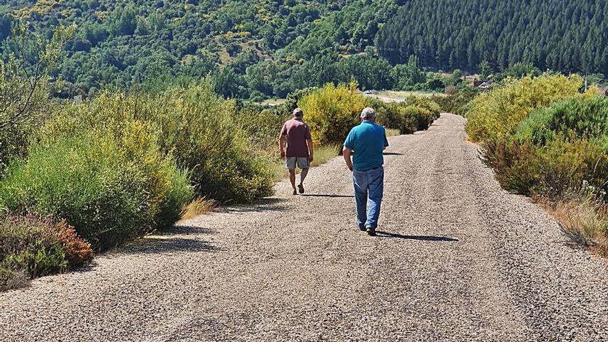 """Un impulso para el """"camino del lobo"""" que cruza la Sierra de la Culebra"""