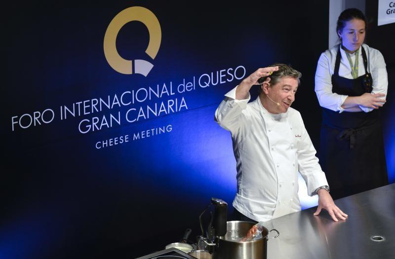 LAS PALMAS DE GRAN CANARIA. Foro Internacional de Queso, ponencia de Joan Roca    01/04/2019   Fotógrafo: José Pérez Curbelo