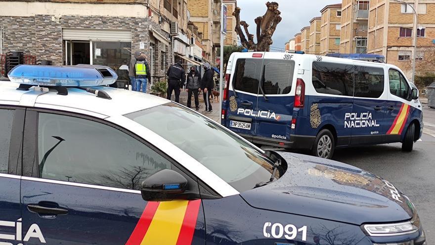 La Policía Nacional sanciona a tres establecimientos que excedieron el horario de cierre en Alicante