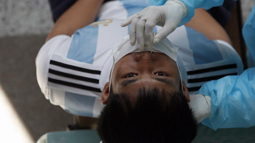 La pandemia se acerca a los 141 millones de contagios mundiales tras registrar otro medio millón de casos