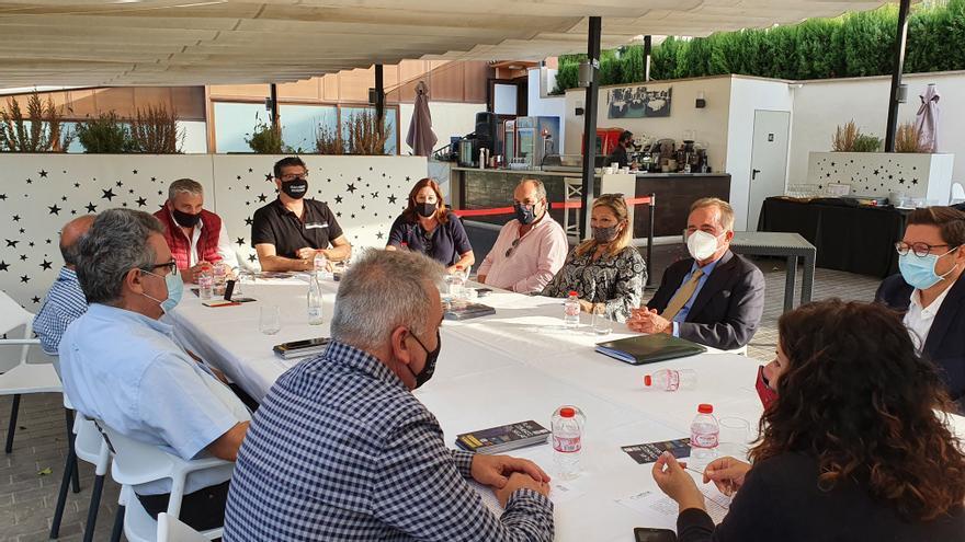 La hostelería traslada a la Cámara de Alicante sus demandas para afrontar el impacto del covid