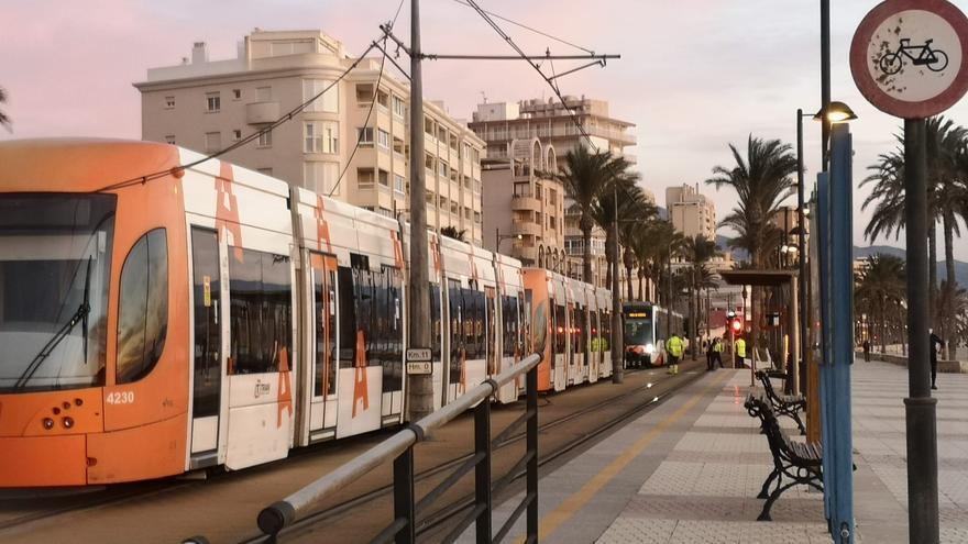 El TRAM recupera la normalidad entre Alicante y El Campello tras dos horas cortado