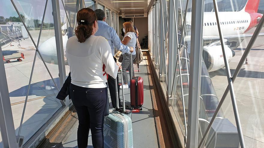 El vuelo a Madrid de Vigo, entre los más caros del noroeste: llega a quintuplicar el de Santiago