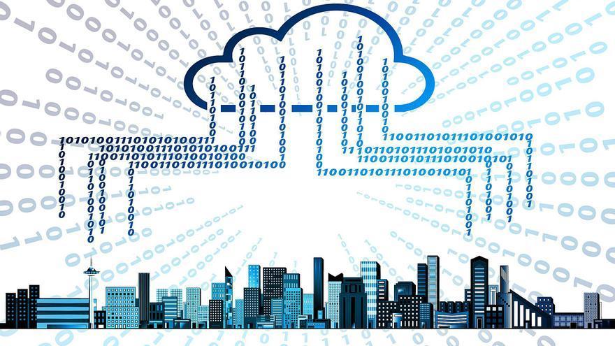 El CEU-UCH ofrece formación gratuita en Cloud Computing e IA a los nuevos alumnos del curso 2021-2022