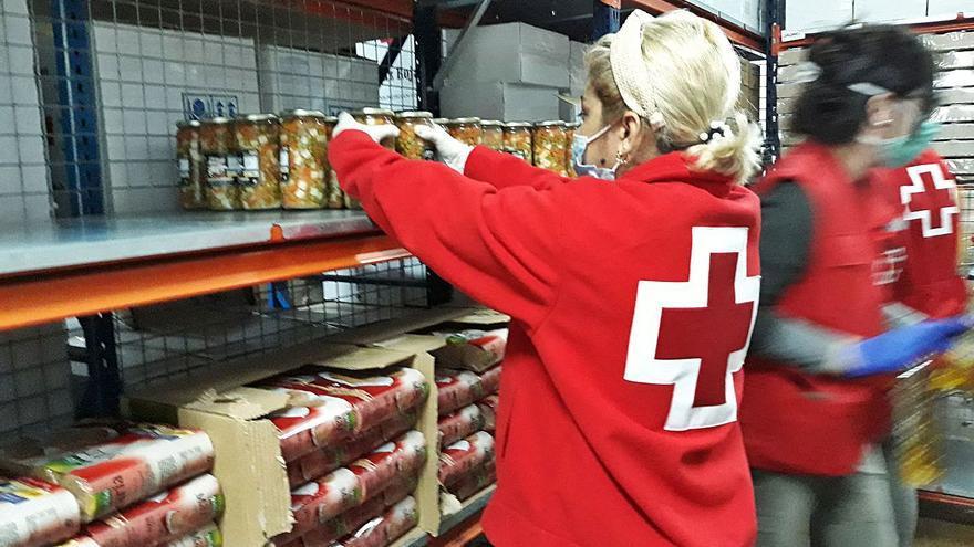 Cruz Roja distribuye en Ibiza 55.000 kilos de alimentos a 2.431personas