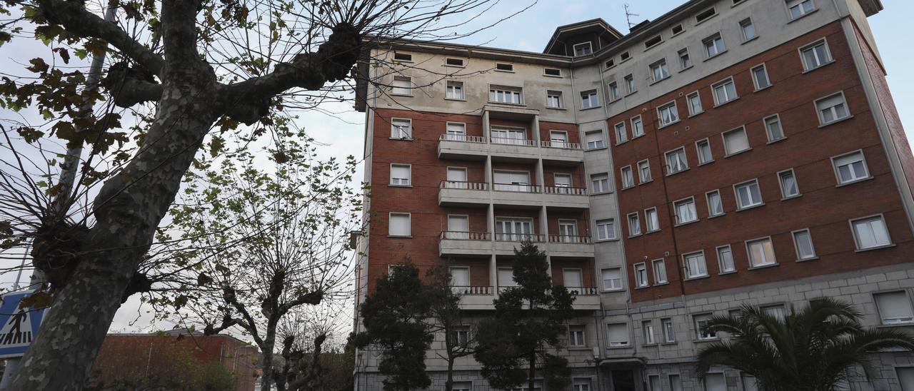 """Los """"pisos de peritos"""" de la urbanización """"La Estrella"""", en La Rocica"""