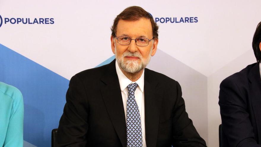 Rajoy replica a Aznar que el centredreta «no s'ha de reconstruir»