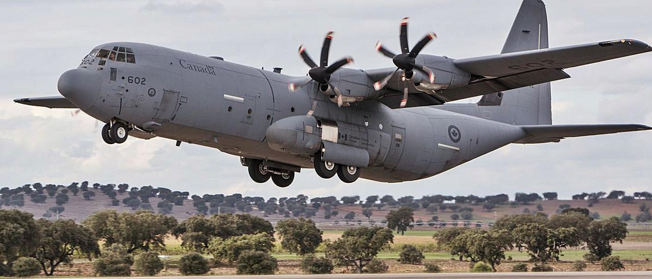 Uno de los aviones canadienses como los que llevará  el sistema ideado por Centum. |   // CREATIVE COMMONS