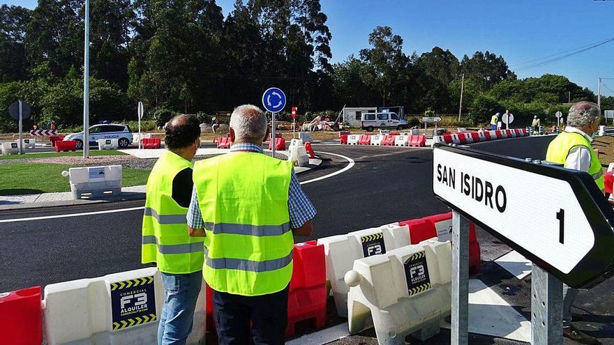 La Xunta finaliza la rotonda de San Isidro, en Bergondo, tras casi un año de obras