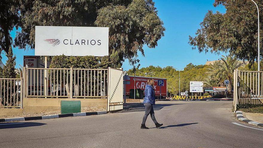 La plantilla de Clarios exige a la Generalitat luz verde a la ampliación de la fábrica