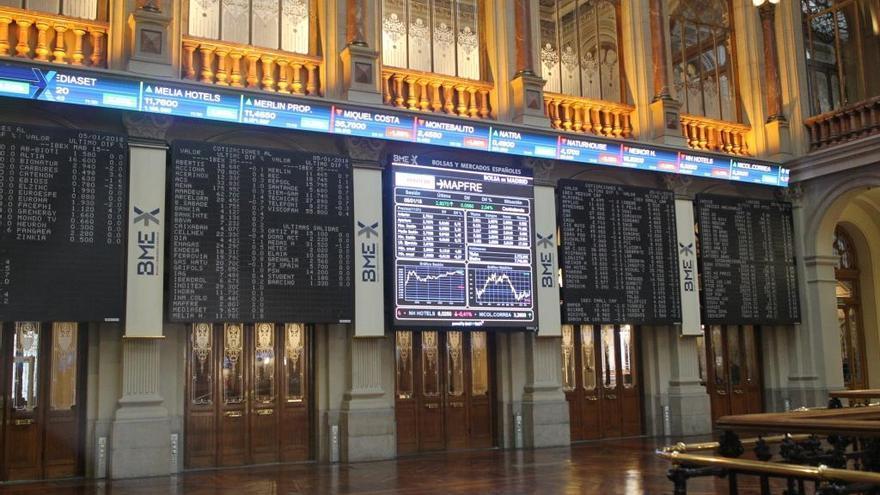 L'Íbex 35 tanca amb pèrdues del 2,53% després del dilluns negre de Wall Street