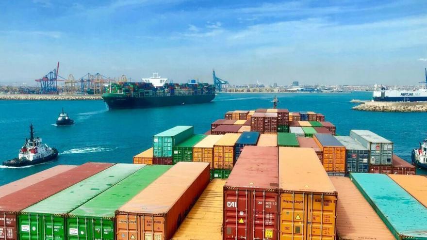 El puerto de Valencia ya ofrece en directo sus niveles de contaminación
