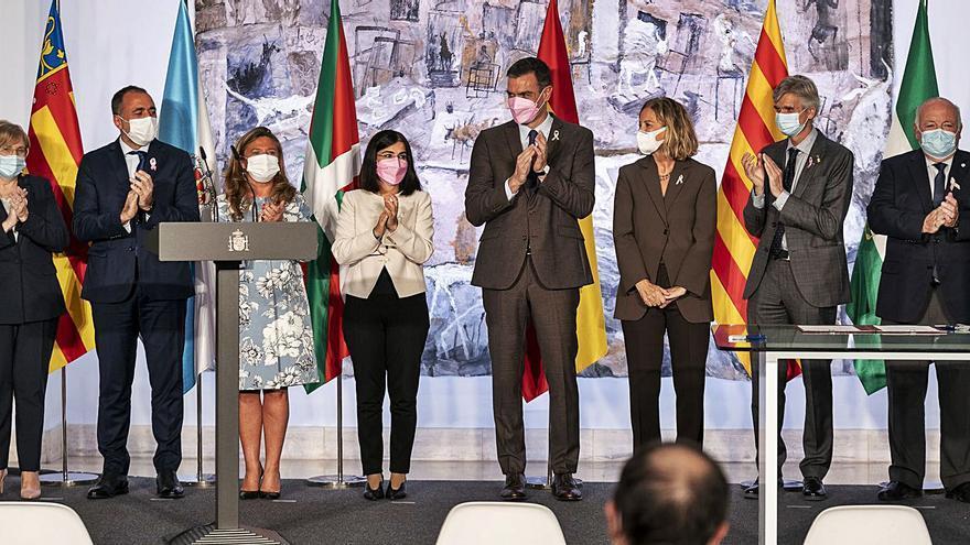 La Fundación Amancio Ortega dona 280 millones para diez equipos contra el cáncer