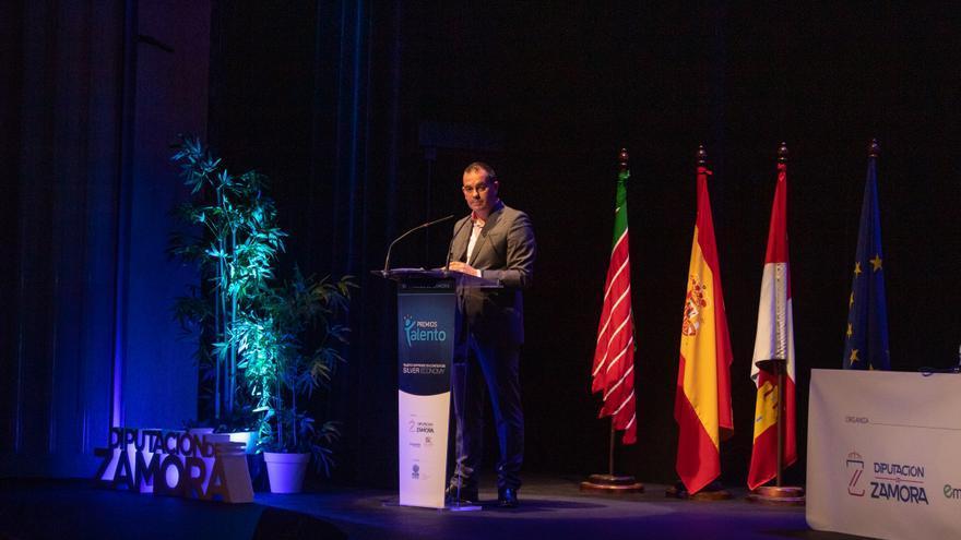 """La Diputación de Zamora insiste en la """"silver economy"""" para paliar """"una situación insostenible"""""""
