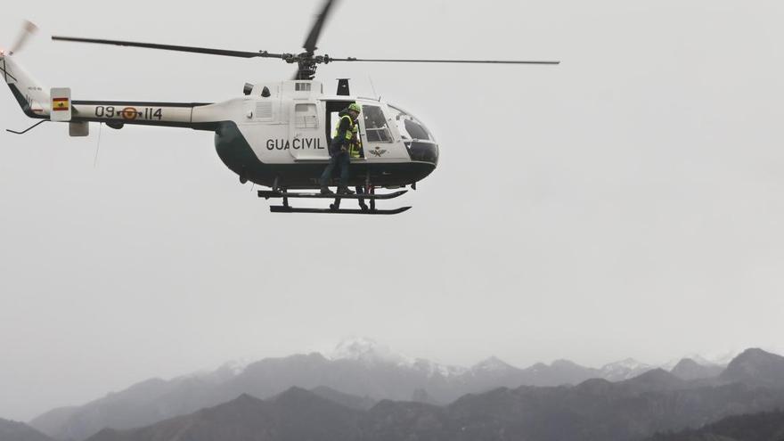 Fallece un senderista tras caer quince metros por un barranco