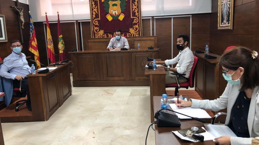 Callosa denunciará ante la Agencia Tributaria a los  propietarios que permitan los «pisos patera»
