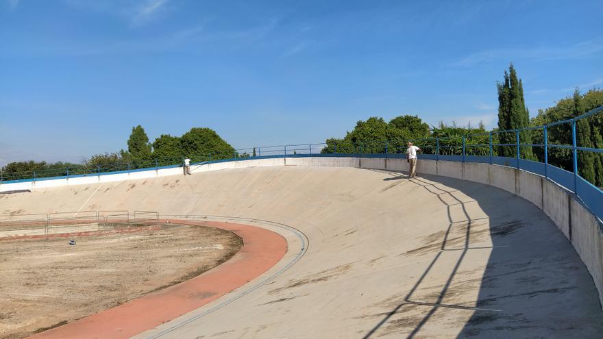 Así está el velódromo de Burriana tras dos años de abandono