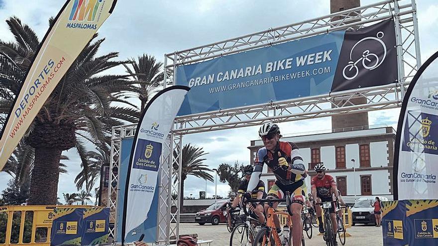 La Gran Canaria Bike Week completa la primera etapa de 77 kilómetros