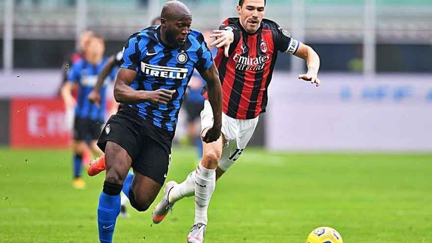 L'Inter s'endú el derbi contra el Milà