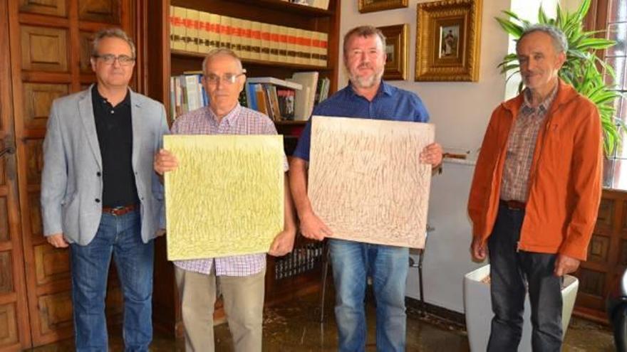 Miquel Amer dona una serie  al Ayuntamiento de Sagunt