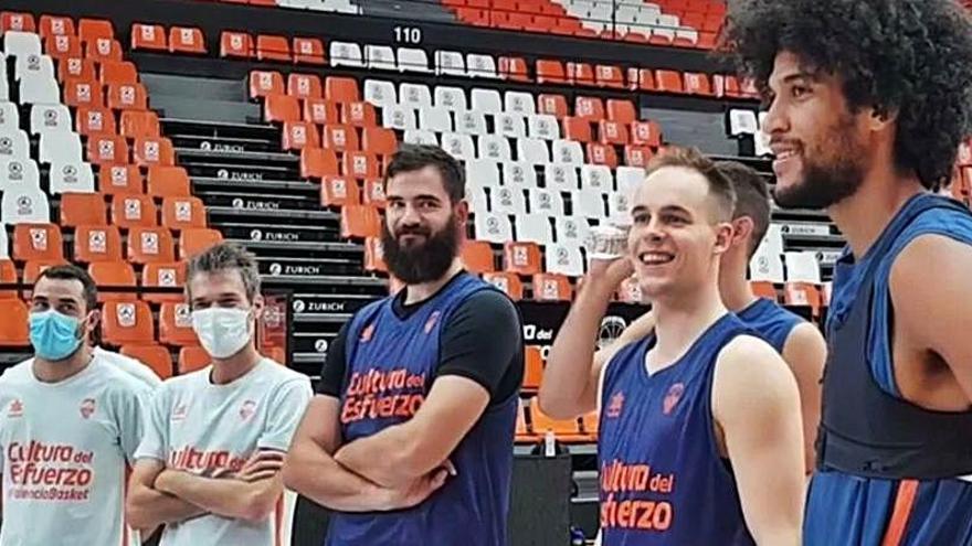 Labeyrie, gran protagonista en el entrenamiento del Valencia Basket