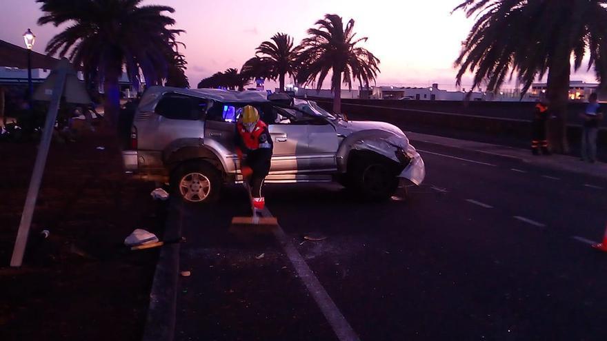 Herido tras volcar su vehículo en Lanzarote