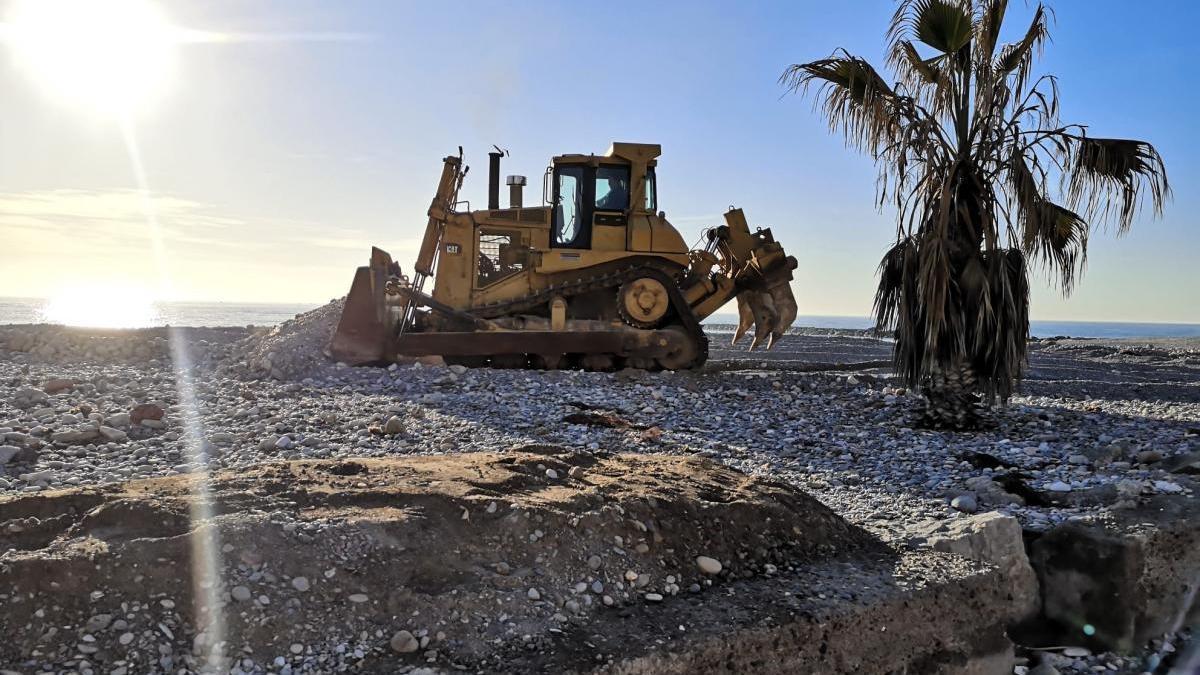 El litoral de Castellón tira de recursos propios para reparar los daños de 'Gloria'